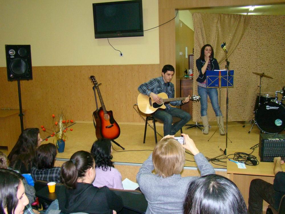 19-folk_2011